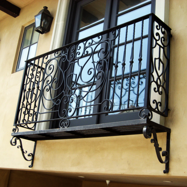 WINDOW RAILINGS